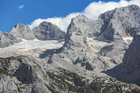 Close up of the Greater and lesser Gosau glacier, seen from the Vorderer Gosausee 스톡 콘텐츠