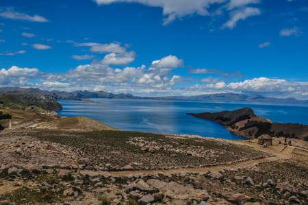 excitacion: Precioso paisaje de Isla del Sol, Bolivia.
