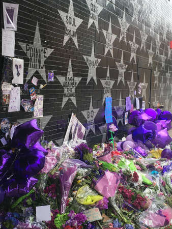 avenue: MINNEAPOLIS April 22, 2016 - Prince memorial outside of First Avenue. Editorial