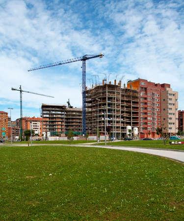 poleas: Construcci�n de edificios en la ciudad
