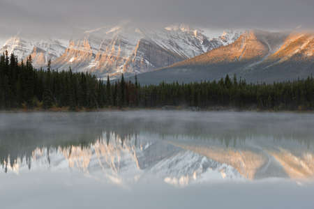 Herbert Lake, Icefields Parkway, Banff National Park, Alberta, Canada Stock Photo