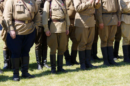Uniforms and weapons of Russian soldiers during the first world war.