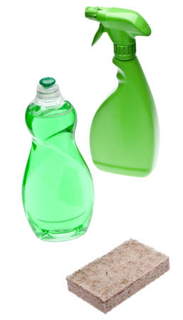 Green Cleaning Bottles with Sponge Made of Natural Fibers for Environmentally Friendly Cleaning Concepts.