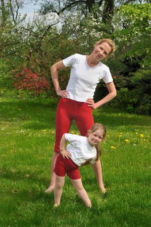 ejercicio aer�bico: Madre e hija - formaci�n