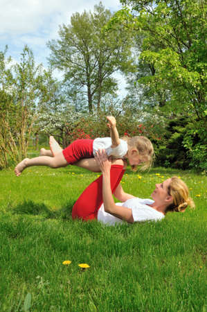 spring training: Mother and daughter - training