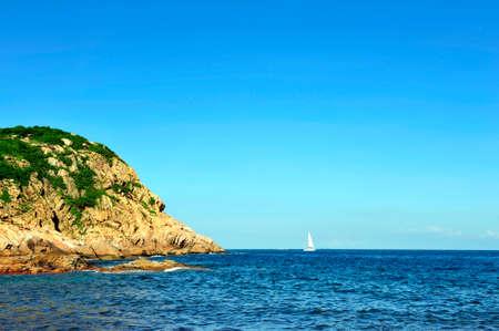 no cloud: Sail in the ocean