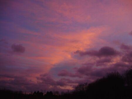 morado nubes