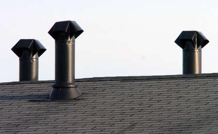 shingles: tubo de estufa techo chimeneas