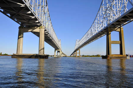 river: mississipi river bridge at new orleans