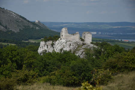 Czech republic, south Moravia, P?lava region, castle Sirot?? hr?dek,