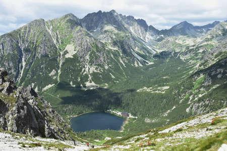 Slowakei, Nationalpark Vysoke Tatry Berge, Popradske pleso See Standard-Bild - 82253925