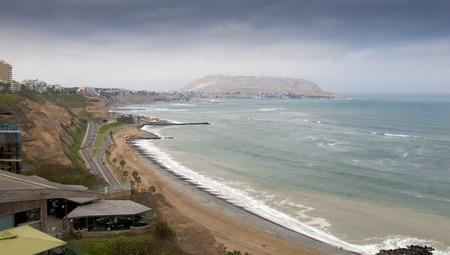 miraflores: Road along a coast, Miraflores, Lima, Peru 2011-06-18 11:46:15 AM