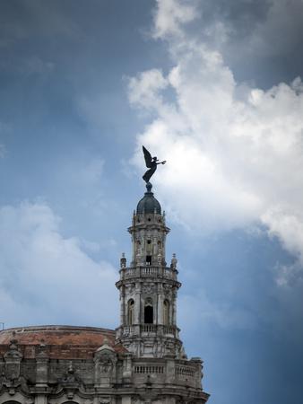habana: Low angle view of a theatre, Gran Teatro De La Habana, Paseo Del Prado, Havana, Cuba 2010-08-25 3:27:23 PM