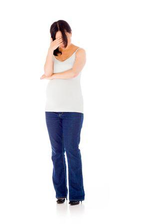 Embarazada adulta mujer asiática aislada en el fondo blanco Foto de archivo - 66272994