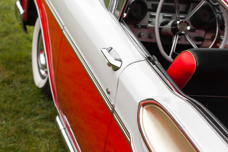 car door: Antique, Car, Car Door, Closed, Close-up, Collectors Car, Colour Image, Convertible, Dashboard, Day, Differential Focus, Elegance, Handle, Horizontal, Luxury, Metal, Mode Of Transport, Motor Vehicle, No People, Nostalgia, Old, Old-fashioned, Outdoors, Ph