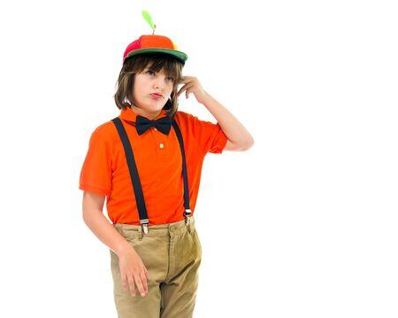 molesto: niño modelo de hijo varón aislado fondo blanco