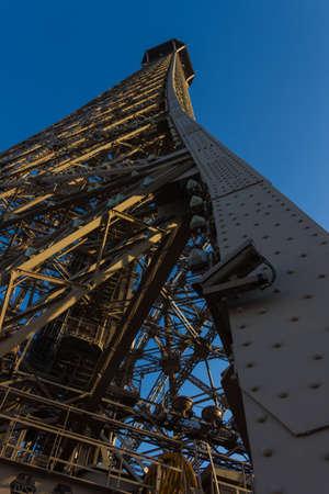 serpents: Eiffel Tower II