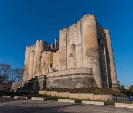 A picture of the Donjon de Niort. Editorial