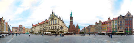 A panorama of the Market Square in Wroclaw. 版權商用圖片 - 158859028