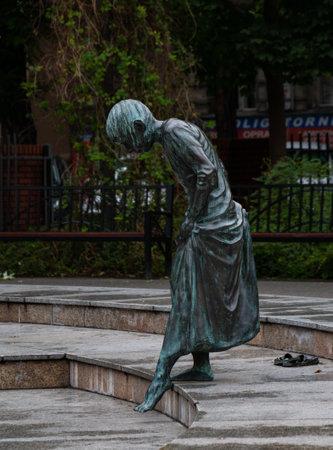 A picture of one of the statues in the Zbigniew Zakrzewski Gardens, in Poznan. 版權商用圖片 - 158859047