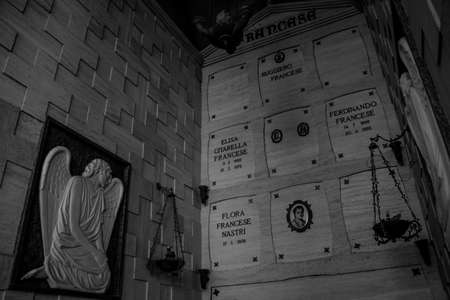 A black and white picture of the Amalfi Cemetery, in the Amalfi Coast. 版權商用圖片 - 159073675
