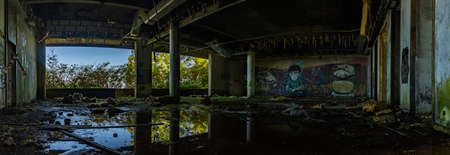 A panorama picture of the interior of the abandoned Hotel Monte Palace. 新聞圖片