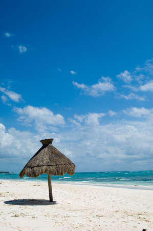 Tropical Dream Paradise Beach Panorama  Standard-Bild - 2837995