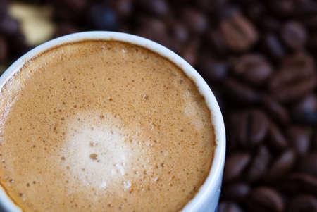 Nahaufnahme von einer heißen Tasse Kaffee  Standard-Bild - 3007146