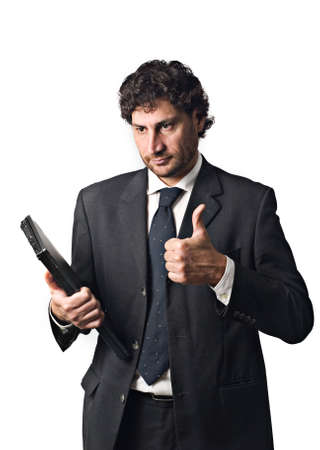 Geschäftsmann mit Laptop, glücklich thumbs up  Standard-Bild - 3069072