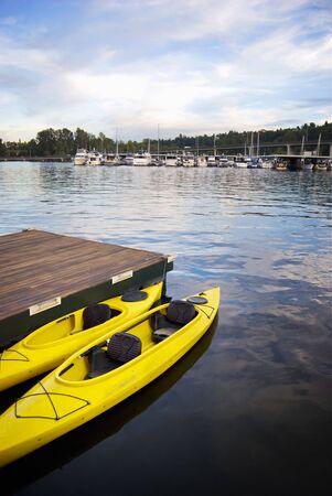 Dos Kayaks amarillos Foto de archivo - 7847097