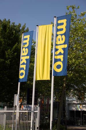 Macro Delft flags