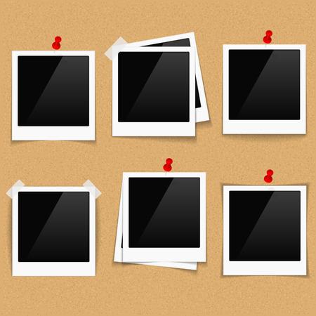 Marcos de fotos en tablón de anuncios Foto de archivo - 34750611