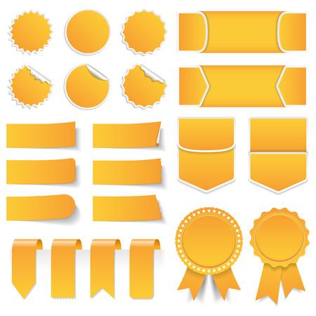 Etiquetas de precio amarillas pegatinas etiquetas de banderas y cintas Foto de archivo - 40060679