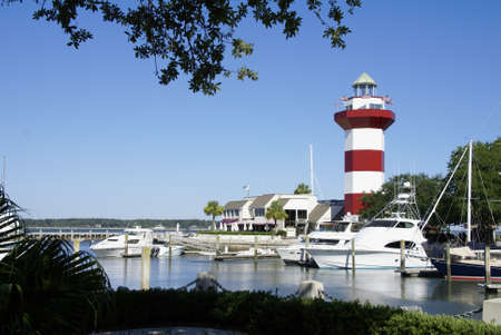 Tghe red and white striped lighthouse in Harbour Town on Hilton Head Island