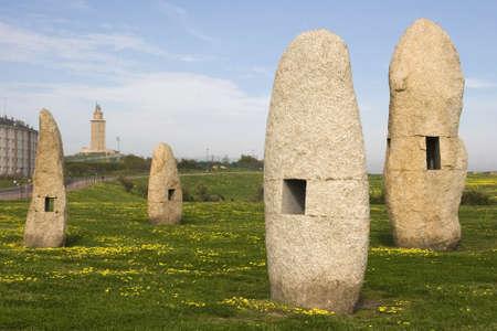 galizia: menhir nel parco La Coru�a, Galizia Archivio Fotografico