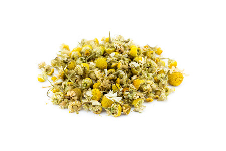Loose chamomile tea isolated on white background Stockfoto