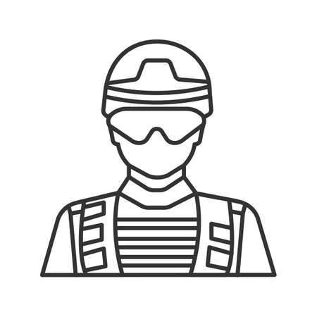 Soldier linear icon. Military man. Thin line illustration. Contour symbol. Vector isolated outline drawing