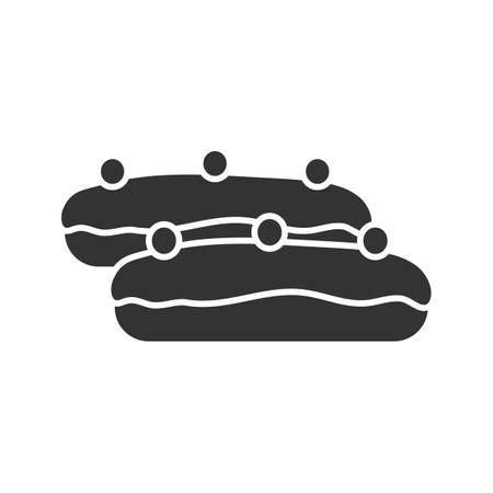 Eclair cake glyph icon. Silhouette symbol. Negative space. Vector isolated illustration Çizim
