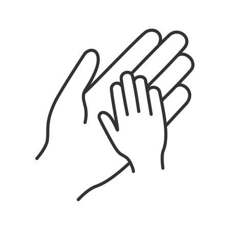 Icona lineare di carità per bambini. Mani del bambino e del genitore insieme. Protezione dei bambini. Illustrazione al tratto sottile. Genitorialità. Famiglia. Disegno di assieme isolato vettoriale