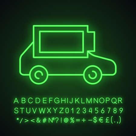 Icône de néon de batterie de voiture électrique entièrement chargée. Charge automatique terminée. Indicateur de niveau de batterie automobile écologique. Signe lumineux avec alphabet, chiffres et symboles. Illustration vectorielle isolée