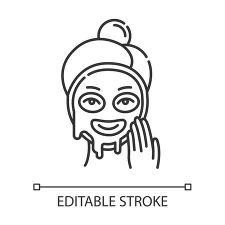 Applying liquid mask linear icon. Skin care procedure. Facial beauty treatment. Dermatology, cosmetics, makeup. Thin line illustration. Contour symbol. Vector isolated outline drawing. Editable stroke Ilustração