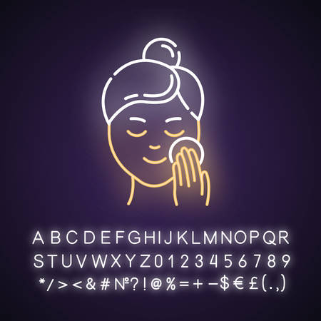 Applying moisturizer neon light icon. Skincare procedure. Cleansing effect for healthy skin. Makeup removal. Dermatology. Glowing sign with alphabet, numbers and symbols. Vector isolated illustration Imagens - 134836893