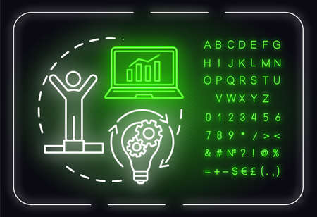 Strategy advantage neon light concept icon. Building goals. Winning challenge. Increase income. Outer glowing sign with alphabet, numbers and symbols. Vector isolated RGB color illustration Ilustración de vector