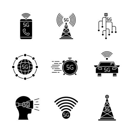5G wireless technology black glyph icons set on white space. Cell tower, improved phone calls. VR headset. Fast connection. Mobile cellular network. Silhouette symbols. Vector isolated illustration Vettoriali
