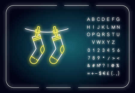 Outside drying neon light icon. Laundry, outdoors clothes drying. Socks hanging on clothesline. Outer glowing effect. Sign with alphabet, numbers and symbols. Vector isolated RGB color illustration 矢量图像