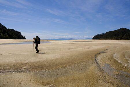 ニュージーランド、バックパックを背負っての山歩き 写真素材