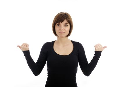 Portret van een jonge mooie vrouw wijzend naar links en rechts
