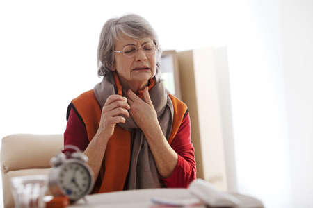 Coughing Treatment Elderly Pers LANG_EVOIMAGES