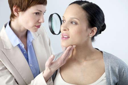 Dermatology Consultation,Pregnant Woman LANG_EVOIMAGES