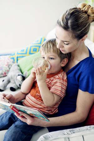Mother & Child LANG_EVOIMAGES